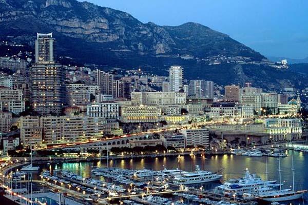 Купити квартиру у Франції