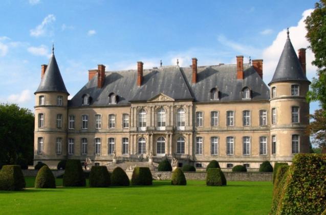 Все, что вам надо знать о покупке шато во Франции