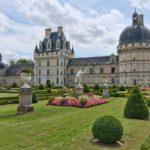 Все, що вам треба знати про покупку шато у Франції