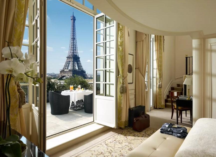 В августе недвижимость в Париже подорожает