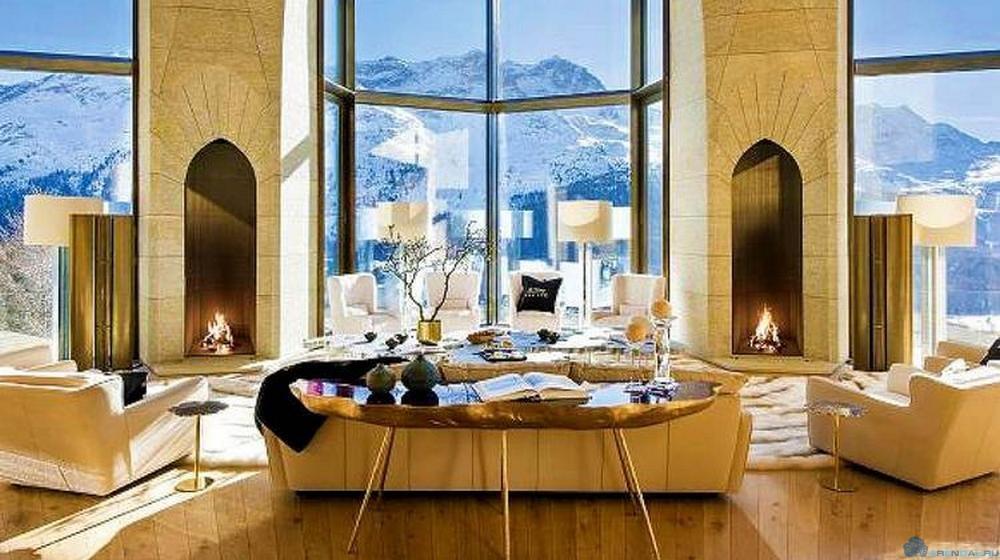 Дворец польского магната в Альпах выставлен на продажу