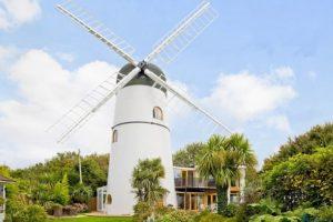 Дом-мельница в Брайтоне продатся за 1.3 миллиона