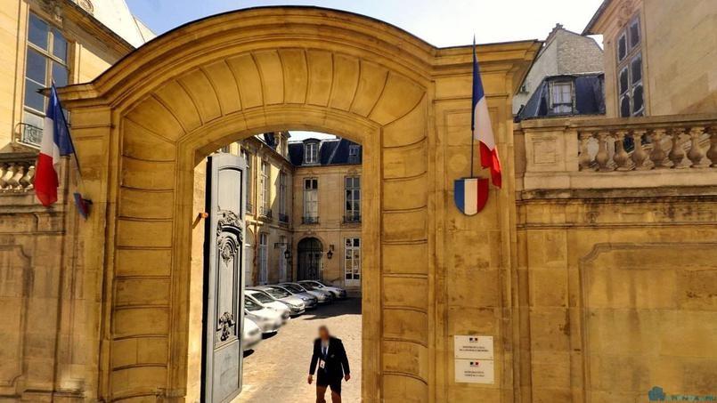 Отель де Бройль выкуплен Национальным собранием