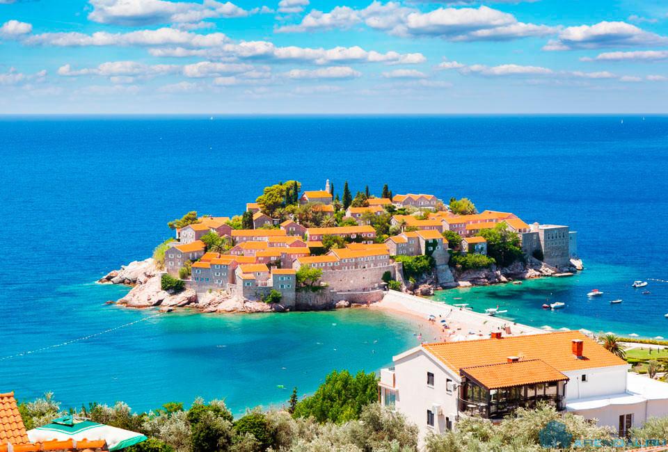 Приобретение недвижимости в Черногории