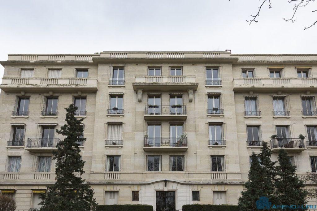 Мэрия Парижа передает квартиры фонды социального жилья