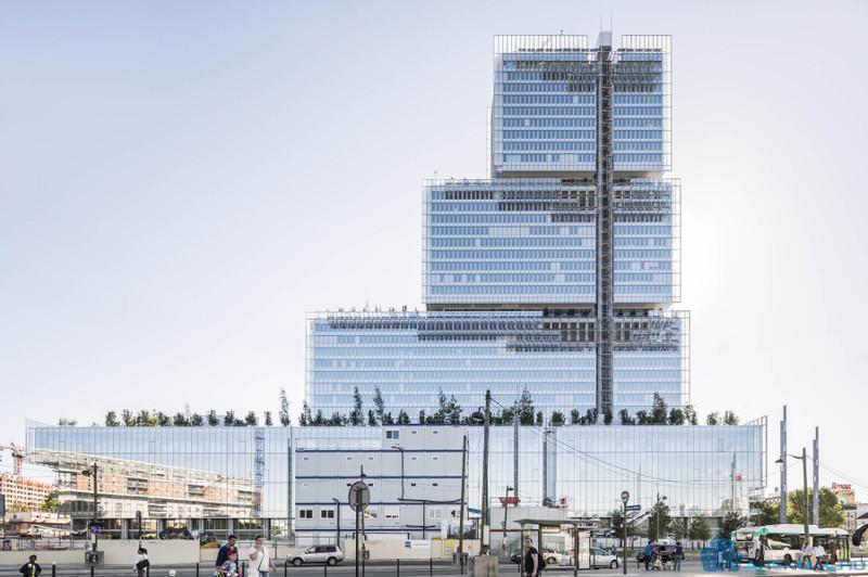 Новый Дворец правосудия высотой в 160 метров