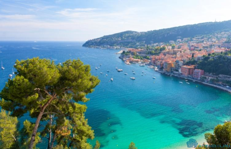 вилла для отдыха на Лазурном берегу Франции