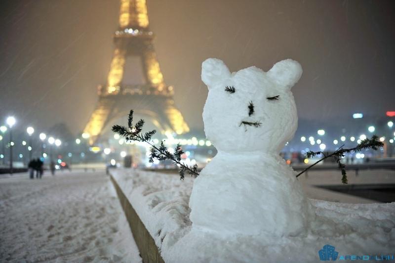 Парижане замерзают в своих квартирах