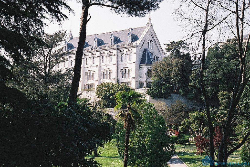 Замок Вальроз