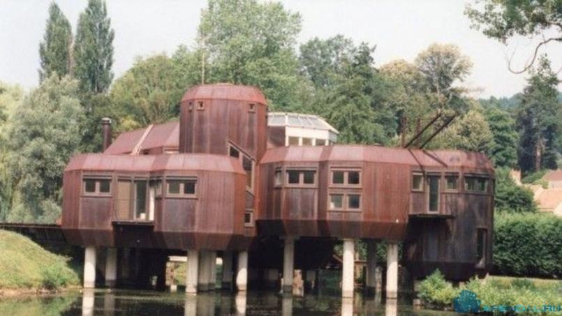 Удивительный парижский дом Utopia продается за 2 миллиона евро