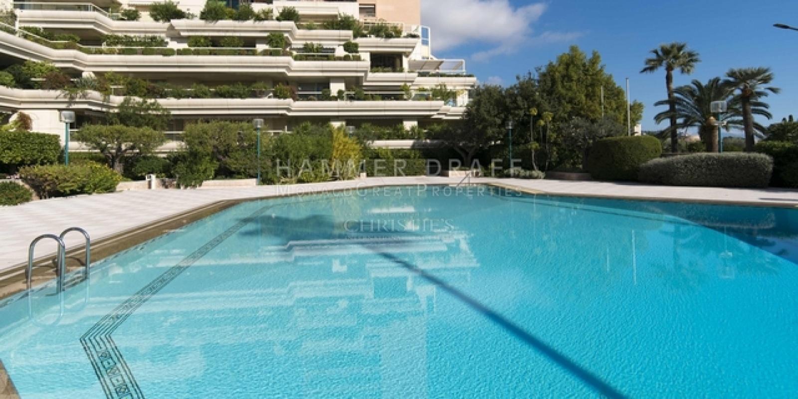 Купить 4 комнатные апартаменты в Монако за 16500000 Евро