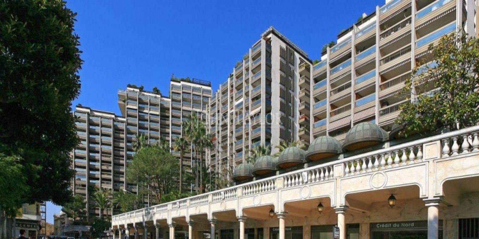 Купить 4 комнатные апартаменты в Монако за 11500000 Евро