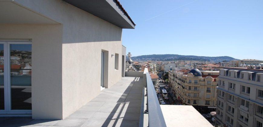 Пентхаус с панорамой на всю Ниццу