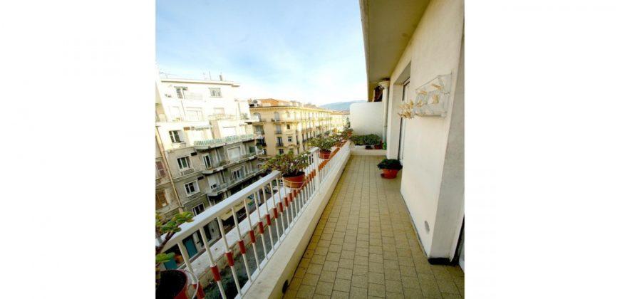 Квартира на Золотой площади Ниццы