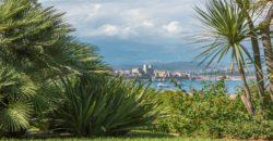 Вилла с изумительным видом в Антибе