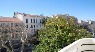 Апартаменты на бульваре Виктора Гюго в Ницце