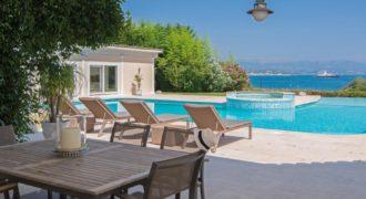 Cap d'Antibes – Дом с красивым видом на море