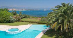 Cap d'Antibes — Дом с красивым видом на море