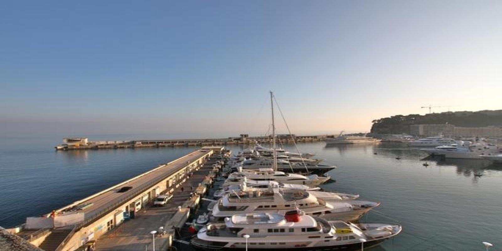 Купить 3 комнатные апартаменты в Монако за 3 000 000 Евро