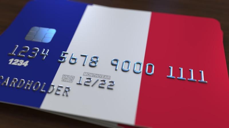 Бумажная сила: как открыть счета для оплаты недвижимости во Франции