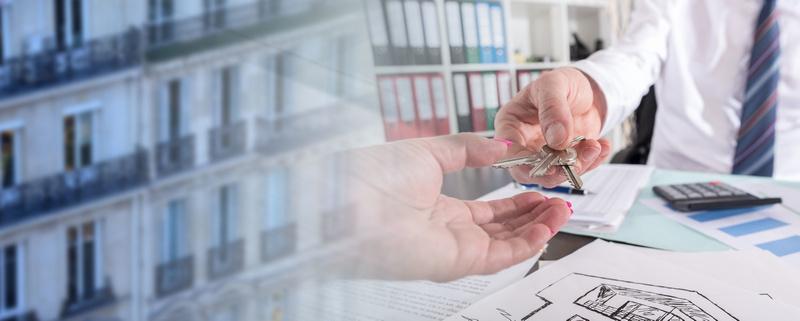 Как, проживая за границей, продать квартиру в России?