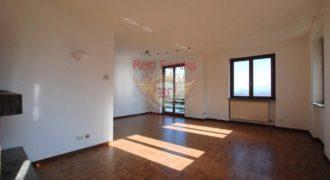 Апартаменты у озера Маджоре, Италия, 110 м2
