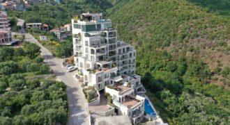 Апартаменты в Бечичи, Черногория, 174 м2