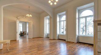 Апартаменты в Будапеште, Венгрия, 300 м2