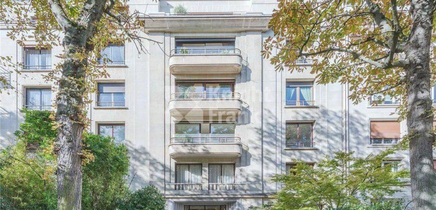 Апартаменты в Париже, Франция, 200 м2
