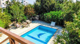 Дом Лапта, Кипр