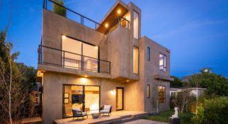 Дом в Лос-Анджелесе, США, 340 м2
