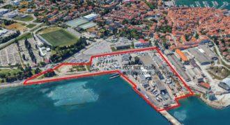 Инвестиционный проект в Изоле, Словения, 8669 м2