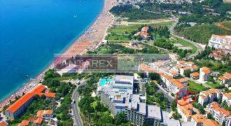 Коммерческая недвижимость в Бечичи, Черногория, 311 м2