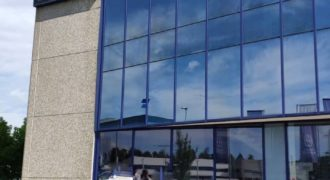Коммерческая недвижимость в Коменде, Словения, 3751 м2