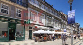 Коммерческая недвижимость в Порту, Португалия, 459 м2
