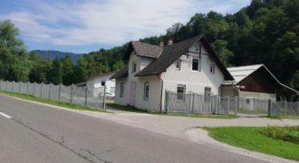Коммерческая недвижимость в Севнице, Словения, 4593 м2
