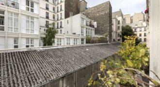 Квартира в 9-ом районе Парижа, Франция, 66 м2