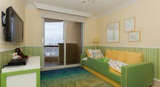Квартира в Майами, США, 206 м2