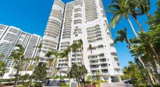 Квартира в Майами, США, 316 м2
