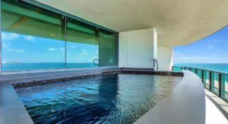 Квартира в Майами, США, 400 м2