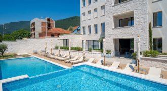 Квартира в Тивате, Черногория, 56 м2