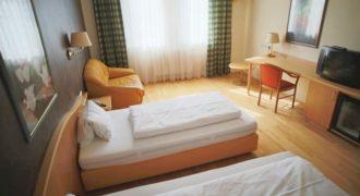 Отель, гостиница в Бургенланде, Австрия, 2500 м2