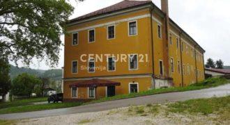 Отель, гостиница в Подчетртеке, Словения, 1615 м2