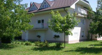 Отель, гостиница в Подчетртеке, Словения, 75 м2