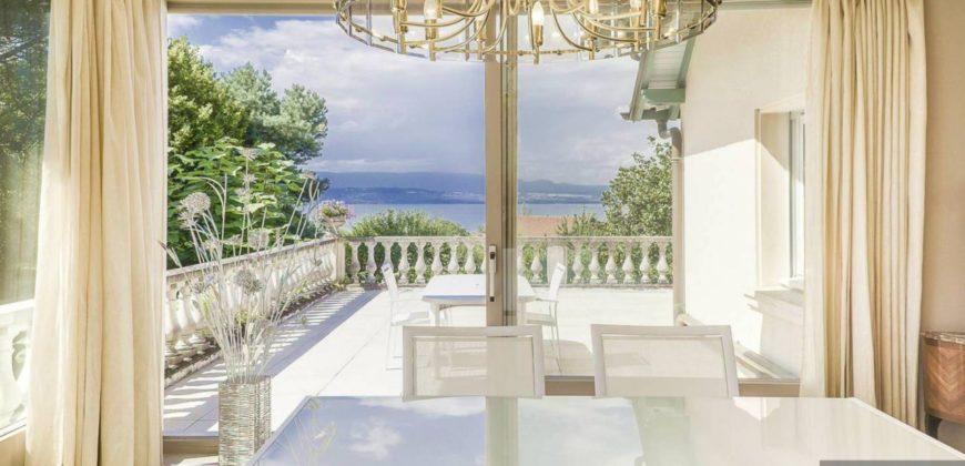 Вилла у Женевского Озера, Франция, 382 м2