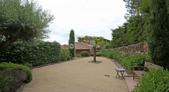 Вилла в Теуль-сюр-Мер, Франция, 500 м2