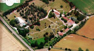 Замок в Тулузе, Франция, 2300 м2