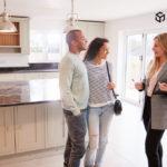 У яких випадках власник може відвідувати житло, яке він здає в оренду?