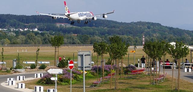 Франция: информирование покупателя о зоне шумового воздействия аэродромов
