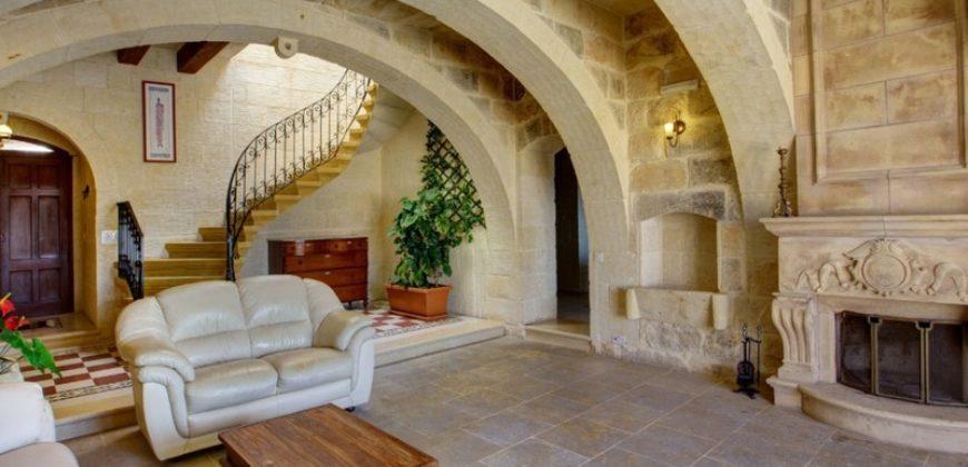 Сельский дом на Gozo Xaghra. Мальта